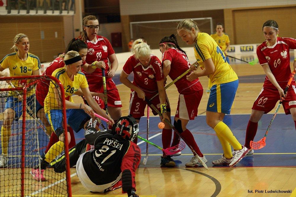Mecz Polska-Szwecja w unihokeju