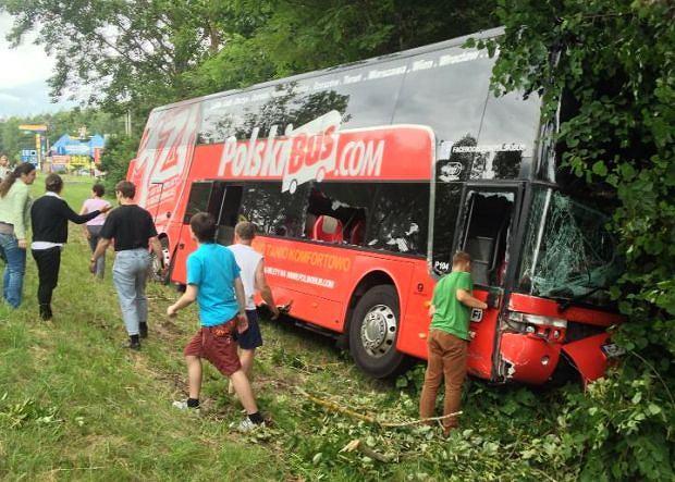 W wypadku zostało poszkodowanych 13 osób