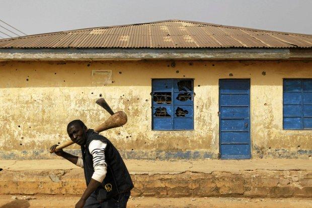 Zdjęcie numer 0 w galerii - Mieszkańcy Nigerii starają się prowadzić normalne życie w kraju rozdartym konfliktami
