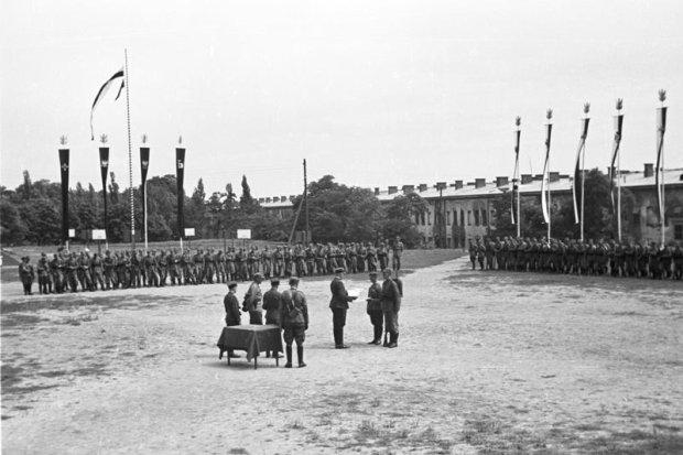 Zdjęcie numer 14 w galerii - Wyjątkowe zdjęcia. Manewry wojska polskiego latem 1939 r.