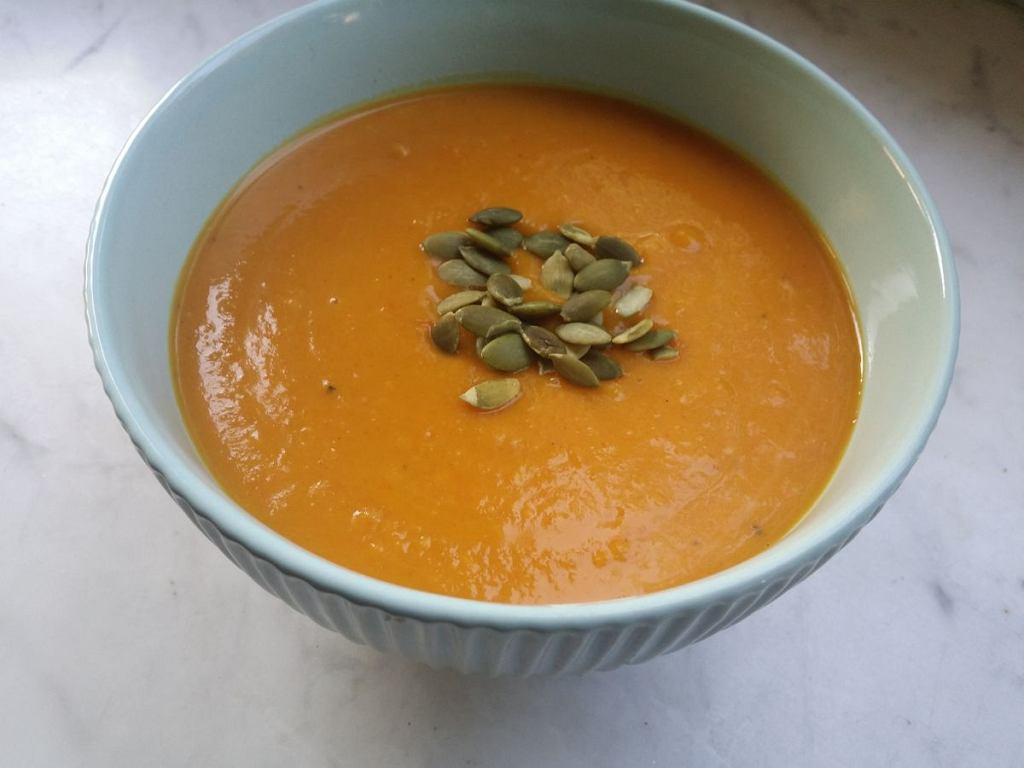 Zupa krem z dyni, przygotowana w urządzeniu