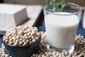 Soja - poznaj skład i właściwości. Dlaczego warto włączyć ją do diety?