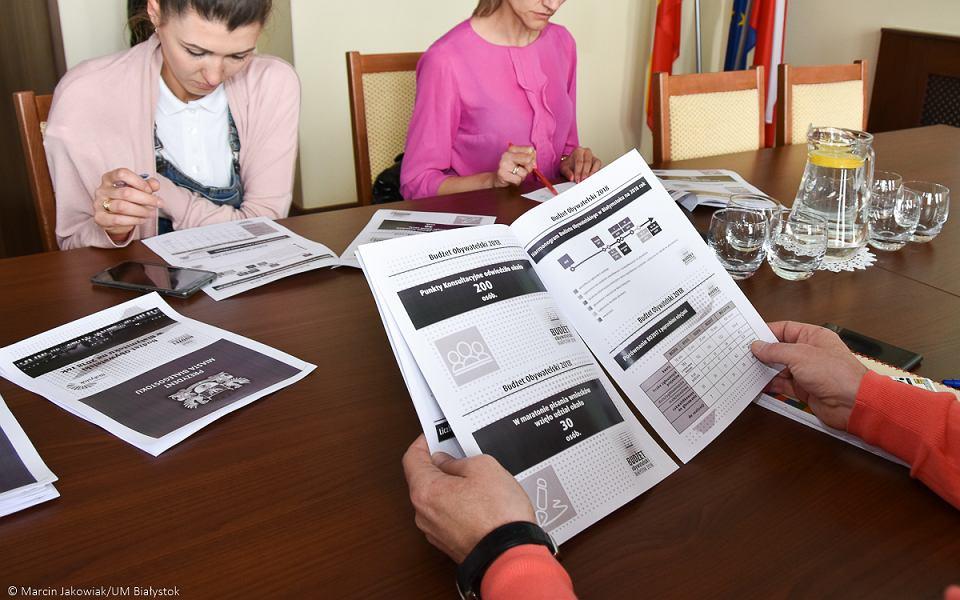 Czterdzieści pięć projektów ogólnomiejskich i pięćdziesiąt dziewięć osiedlowych - tyle przedsięwzięć do piątej edycji Budżetu Obywatelskiego zgłosili mieszkańcy Białegostoku