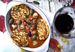 Racuszki India z passatą z pieczonych pomidorów i papryki