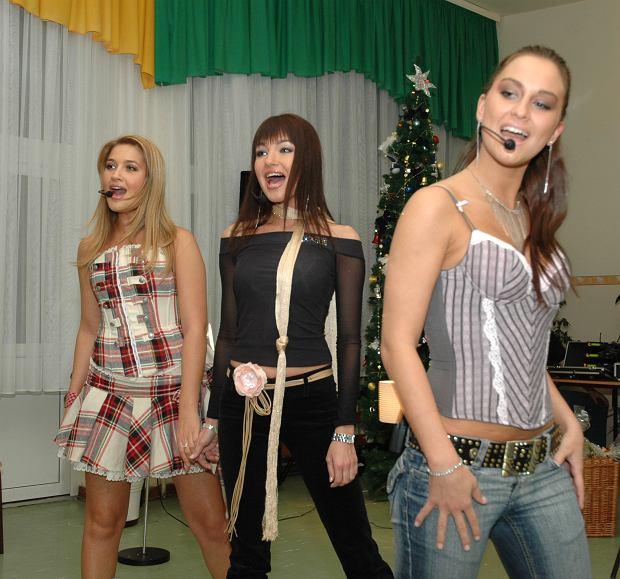 F Agnieszka Maksyjan, Patrycja Wdz, Monika Niedek - Queens  2005-12-05
