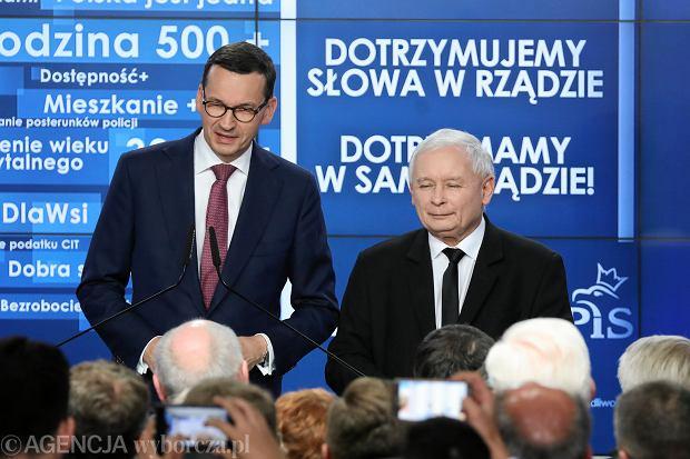 21.10.2018, Warszawa, Mateusz Morawiecki i Jarosław Kaczyński podczas wieczory wyborczego PiS po pierwszej turze wyborów samorządowych.
