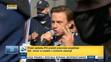 Krzysztof Bosak na proteście rolników