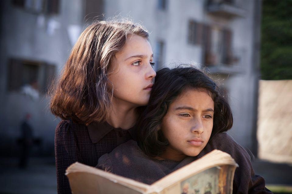 Elena i Lila w serialu 'Genialna przyjaciółka'