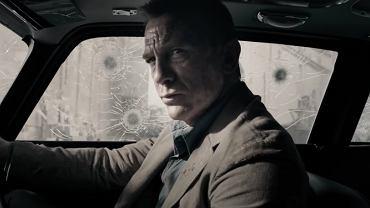 Daniel Craig jako James Bond w filmie 'Nie czas umierać'. Kadr z fragmentu zwiastuna, umieszczony w teledysku do piosenki do filmu wykonywanej przez piosenkarkę Billie Eilish.
