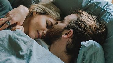 5 rzeczy, które według mężczyzn są najbardziej pociągające u kobiet. Nie chodzi tu wcale o wygląd