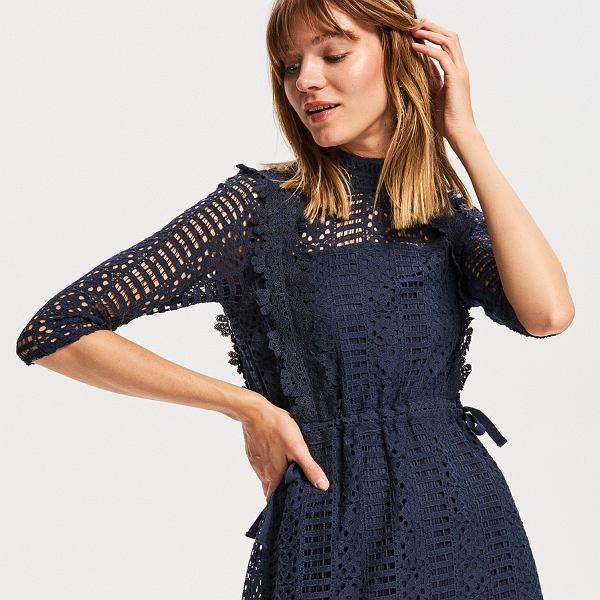 Ażurowa sukienka