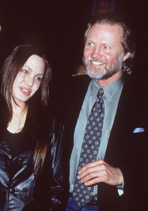 Photo must be credited ?Alpha L7601MF 06/05/05 Angelina Jolie and Jon Voight Here's Looking at You Kid! Famous Parents with Famous Kids