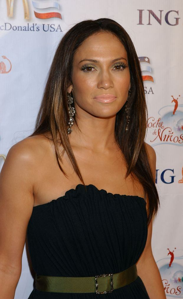 D 68450-07 Jennifer Lopez. OBLIGATORY CREDIT - CAMERA PRESS / Gary Lewis. NOT FOR SALE IN: USA. American actress and singer Jennifer Lopez pictured 07/10/2006 at the Noche De Ninos Children's Hospital Benefit at the Beverly Hilton Hotel in Beverly Hills, USA.