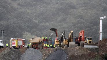 Hiszpania. Ratownicy podejmą próbę przedostania się do 2,5-letniego Julena uwięzionego pod ziemią