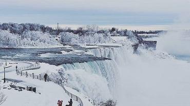 Niagara zamarzła po raz kolejny. Piękne zdjęcia z Instagrama i Twittera