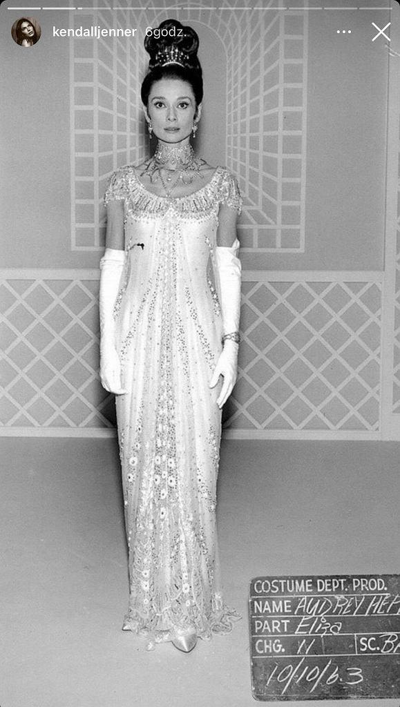 Audrey Hepburn na planie filmu 'My fairy lady'