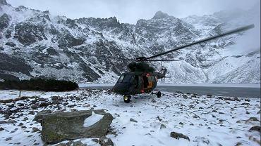 Wojskowy helikopter 'Sokół'.