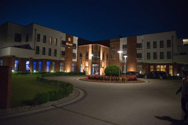 Hotel Brant, należący do Kuby Wesołowskiego