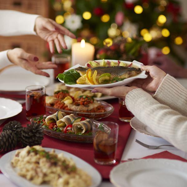 Boże Narodzenie 2020 - ile osób może usiąść przy świątecznym stole?