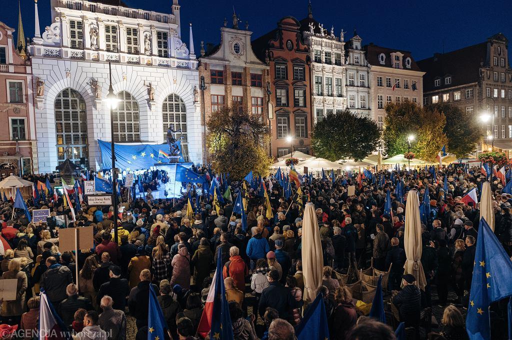 10/10/2021, Gdańsk, Protest după verdictul Tribunalului Constituțional din Julia Prusia.