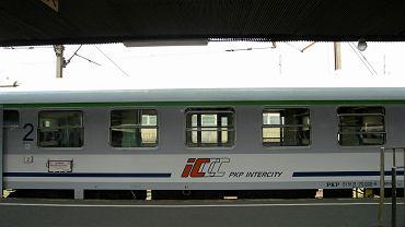 Koronawirus wstrzymuje połączenia kolejowe do Czech i na Słowację
