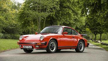 Porsche 911 Jamesa Maya