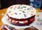 Ciasto czekoladowo-fistaszkowe z kremem mascarpone i truskawkami - Zdjęcia