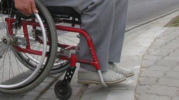Wózek inwalidzki może być droższy z powodu pomysłu PiS