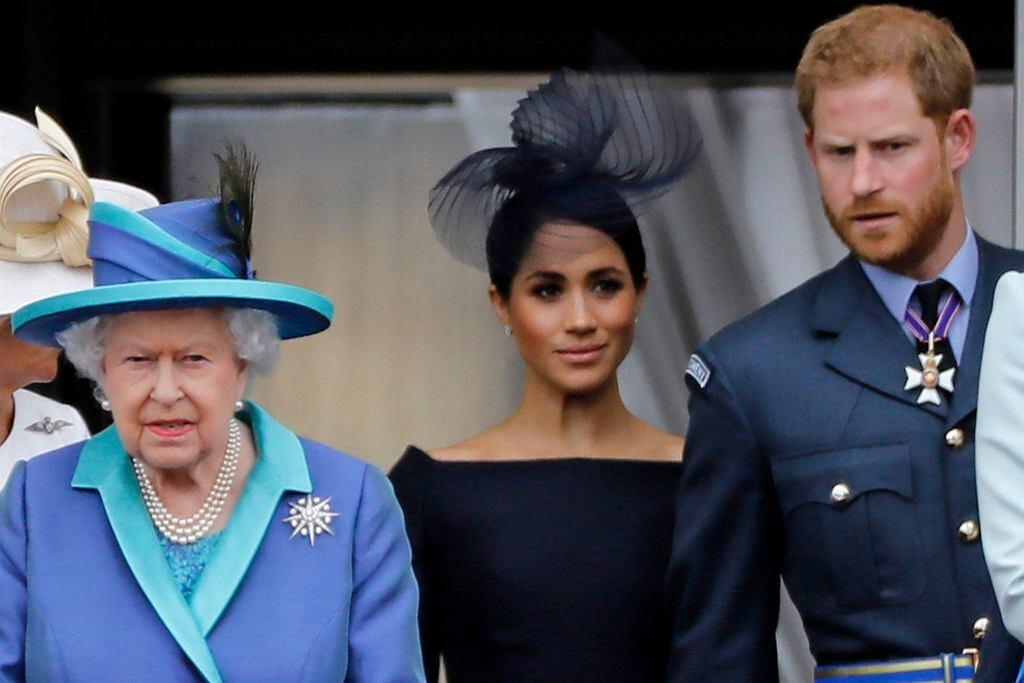 Królowa Elżbieta, książę Harry i Meghan Markle