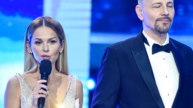 Finał Miss Polski 2020. Sykut-Jeżyna zachwyciła suknią, ale my patrzymy na makijaż Anny Wyszkoni. Coś poszło nie tak
