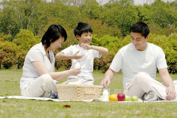 Komunistyczna Partia Chin pozwoliła na trzecie dziecko. Tylko że Chinki na życzenie partii rodzić nie będą