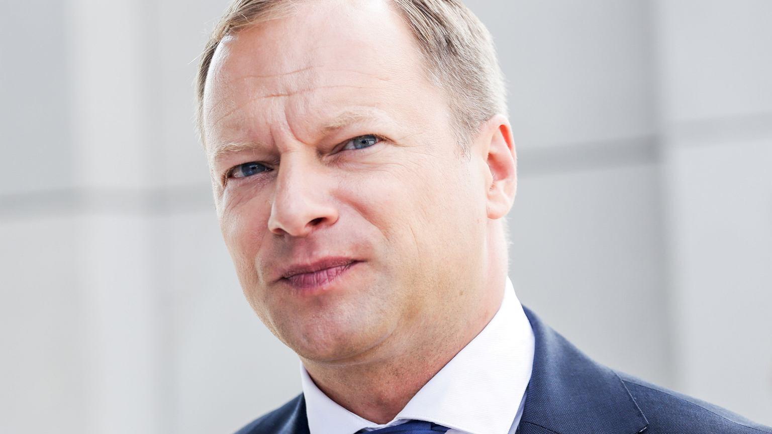 Maciej Stuhr apeluje: Wybory trzeba przesunąć na wcześniej, oddam głos na Andrzeja choćby dziś