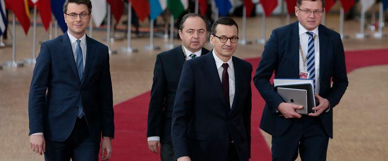 Impas na szczycie UE. Jedni chcą potężnych cięć, Morawiecki proponuje nowe podatki