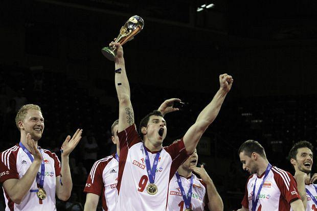The Poland team celebrate winning the 2012 FIVB World League Volleyball during the awarding ceremony, in Sofia, Bulgaria, Sunday, July 8, 2012. (AP Photo/Valentina Petrova)