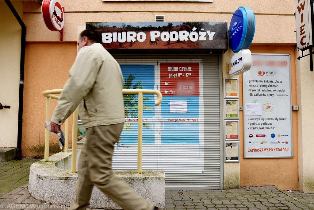 Koronawirus w Olsztynie. Zamknięte biuro podróży