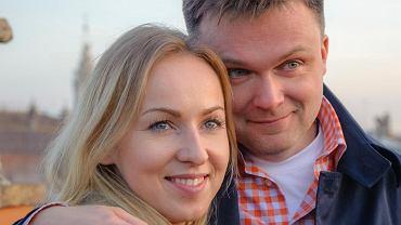 Żona Szymona Hołowni opowiedziała o ich pierwszej randce. Szymon nie zrobił na niej dobrego wrażenia.