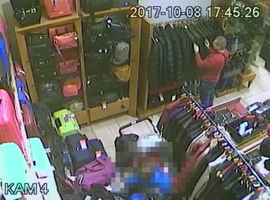 Tata złodziej w sklepie w galerii w Lublinie