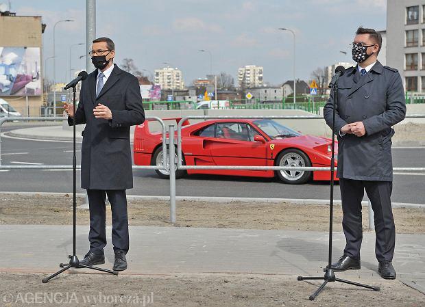 Zdjęcie numer 0 w galerii - Premier Mateusz Morawiecki otworzył tunel i rondo w Katowicach. Kierowcy jeżdżą tędy od dawna, rząd nie dał ani grosza