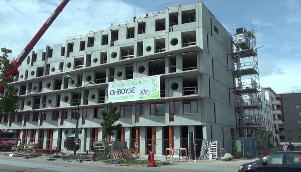 Budynek Cykelhuset w trakcie budowy.