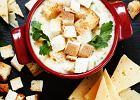 Rozgrzewająca <strong>zupa</strong> <strong>serowa</strong> ze świeżą pietruszką i grzankami