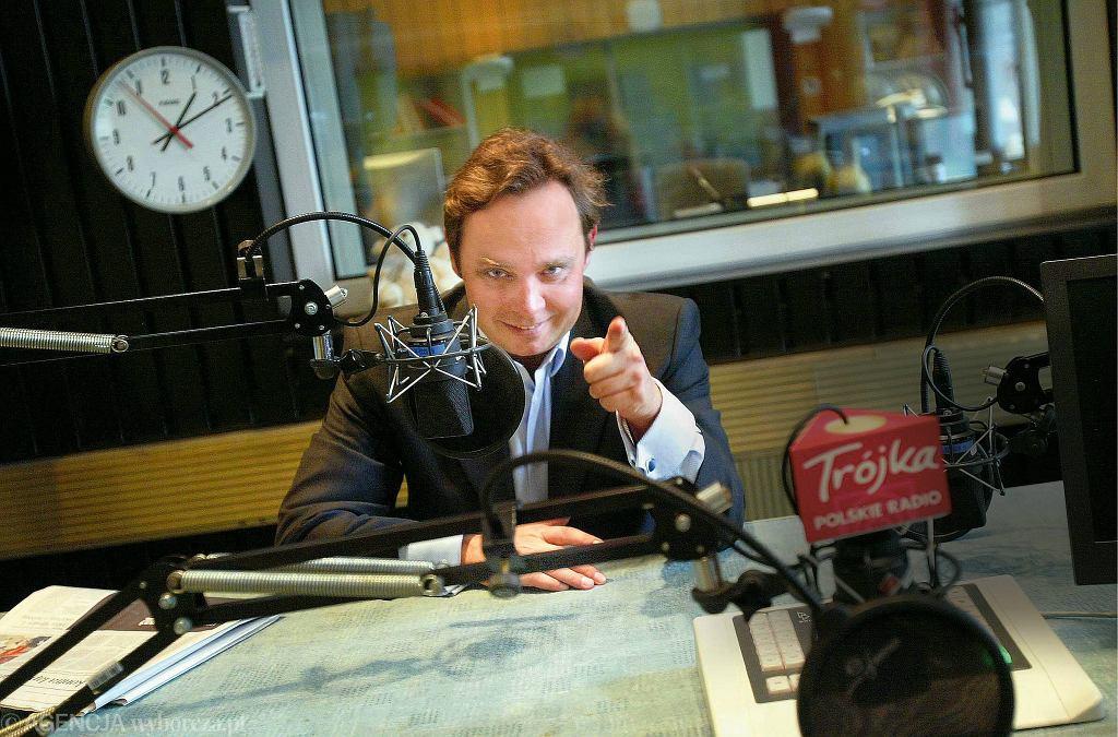 Kuba Strzyczkowski w studiu radiowej Trójki. Warszawa, 26 września 2007