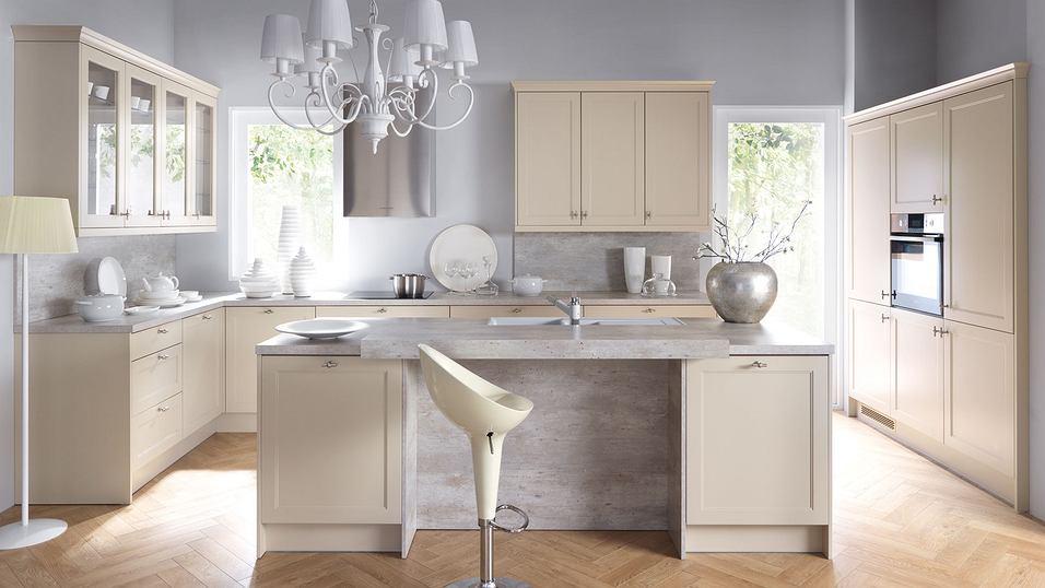 BRW: kuchnia w ciepłych i zimnych odcieniach bieli