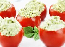 Pomidorki koktajlowe nadziewane ziołowym serkiem z awokado - ugotuj