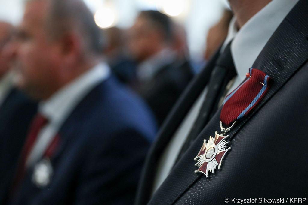 Andrzej Duda przyznał odznaczenia