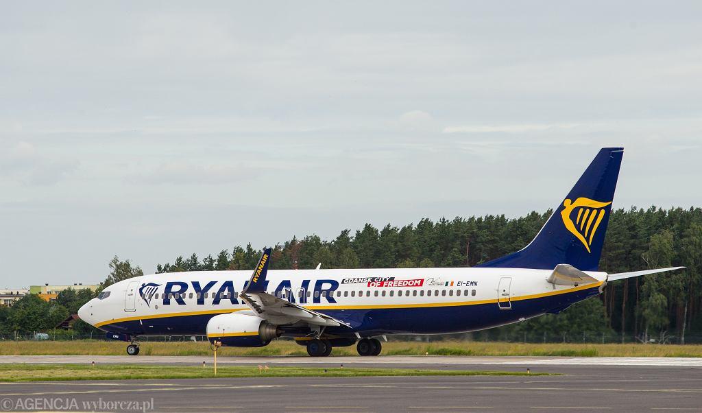 Londyn. Awaryjne lądowanie samolotu Ryanair z Krakowa (zdjęcie ilustracyjne)