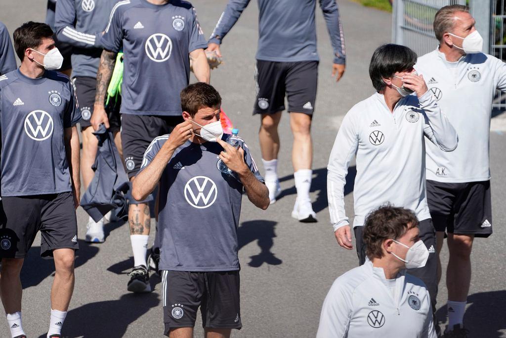 Euro 2021. UEFA przygotowała procedurę na wypadek pandemii koronawirusa