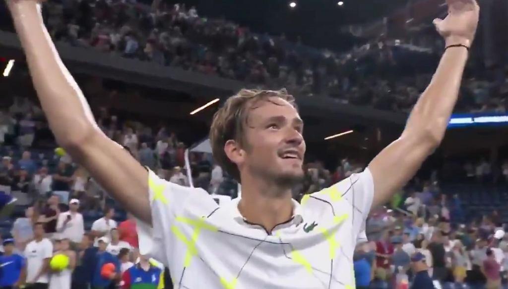 Daniił Miedwiediew znów kpi z publiczności na US Open