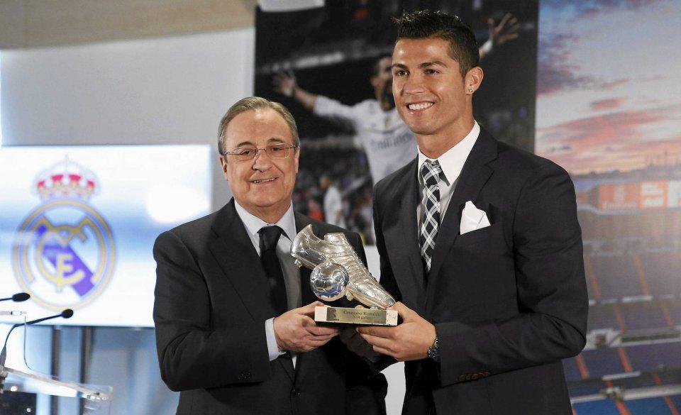 Zdjęcie numer 0 w galerii - Cristiano Ronaldo nagrodzony przez Real Madryt. Za wcześnie? [ZDJĘCIA]