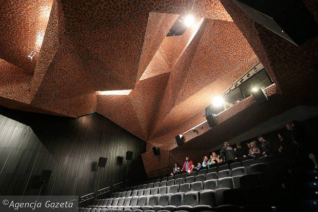Centrum Kulturalno-Kongresowe Jordanki w Toruniu / Roland Halbe: