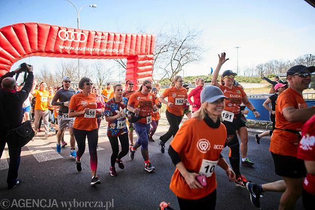 Zdjęcie numer 49 w galerii - Otwarcie sezonu biegowego w Łodzi.